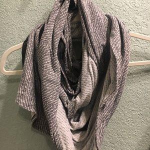 lululemon special edition vinyasa scarf
